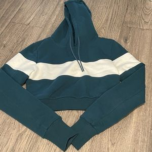 Buffbunny cropped hoodie